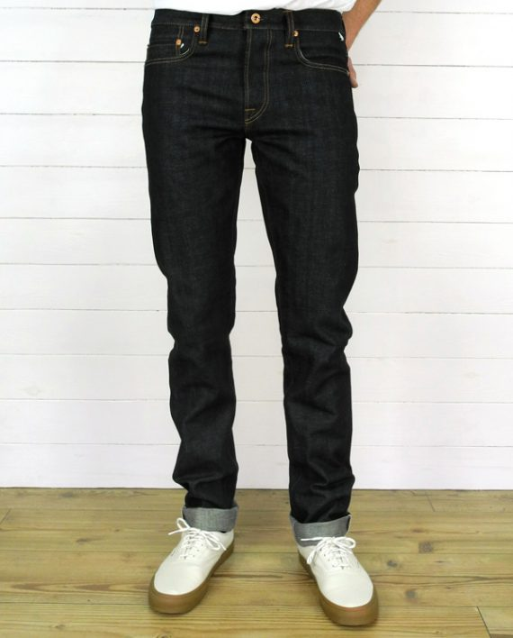 Companion Denim Joel 05K style 13,3 Oz. Deep blue with yellow tinted weft selvedge denim, raw copper donut buttons and rivets