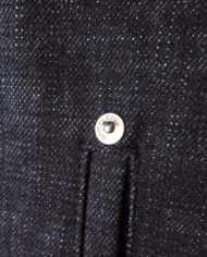 Blanket jacket rivet